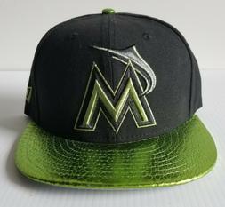 New Era Miami Marlins 59FIFTY Black Cap Metallic Lime Green